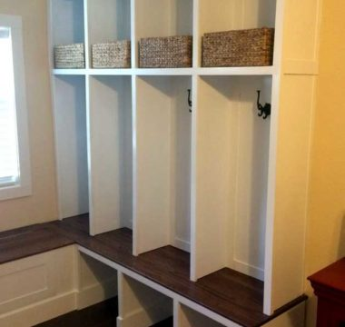 Entryway cubbies for storage of jackets and accessories